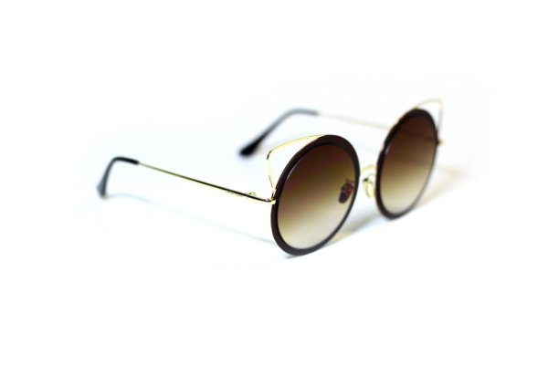 Óculos Gatinha Marrom DebyMan - DEBYMAN - LOJA ONLINE e246ec1d80
