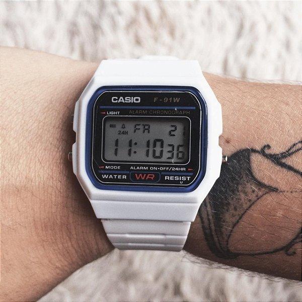 relógio vintage branco