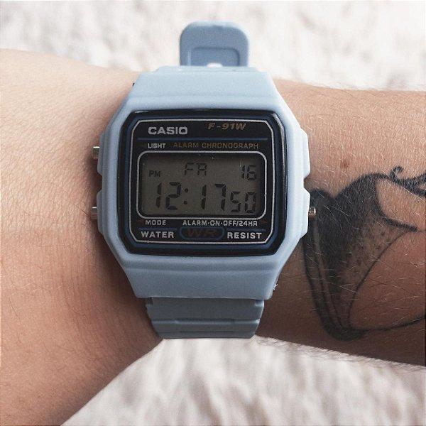 Relógio vintage azul claro