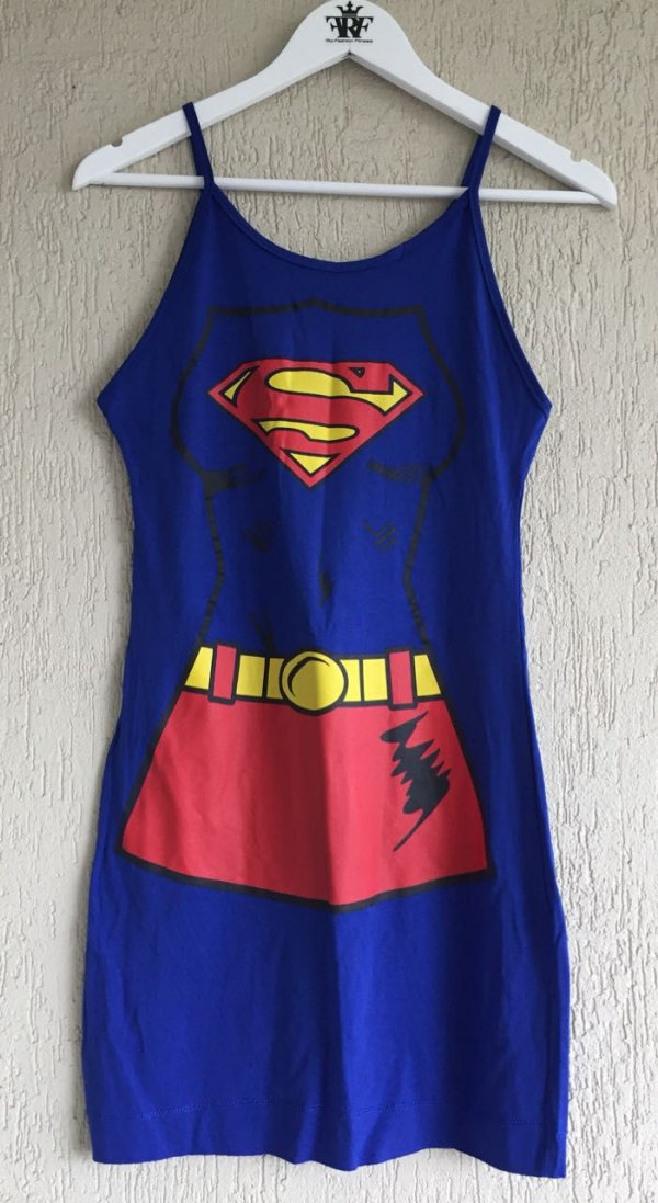 Vestidinho Super Girl