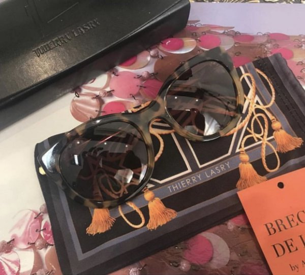 Óculos THIERRY LASRY - LIVELY - Brechó de Luxo by A. Junqueira f78227701a