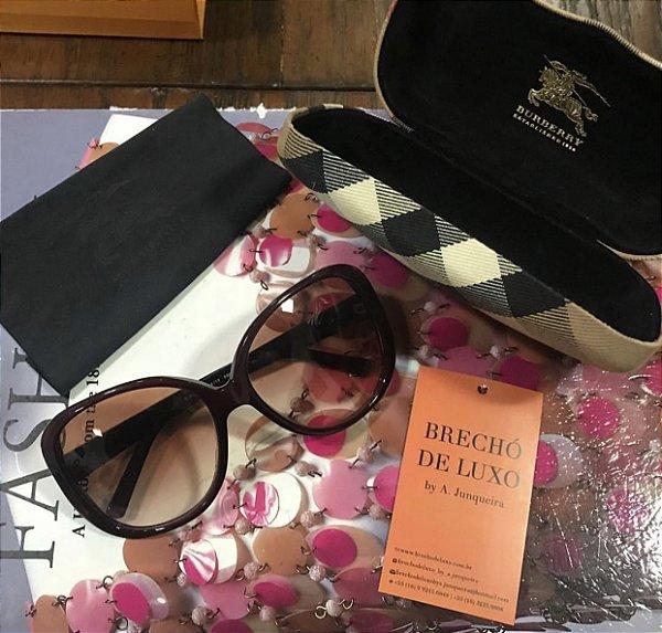 084d2650a85 Óculos Burberry - Brechó de Luxo by A. Junqueira