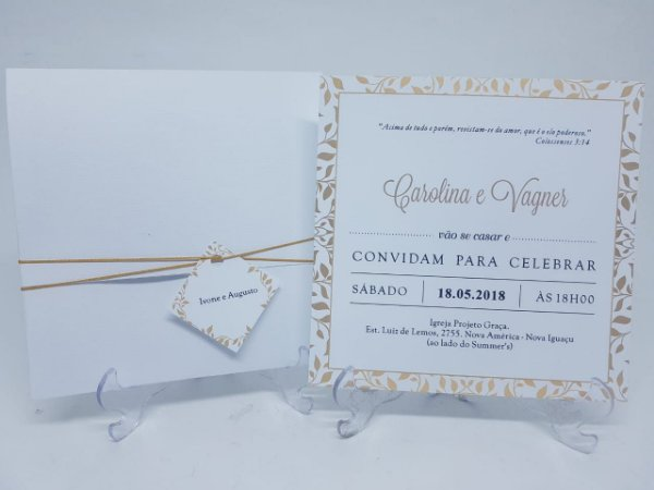 Convite classico e dourado