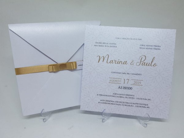 Convite classico dourado