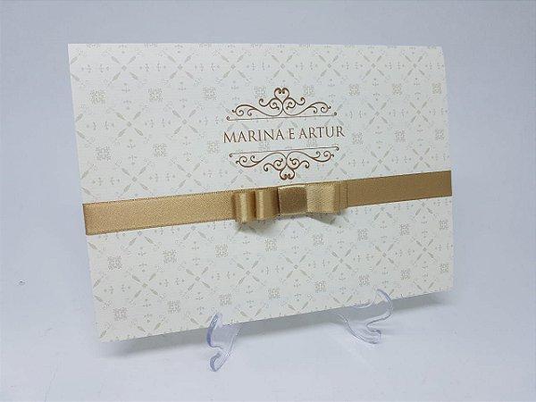 Convite casamento dourado brasao