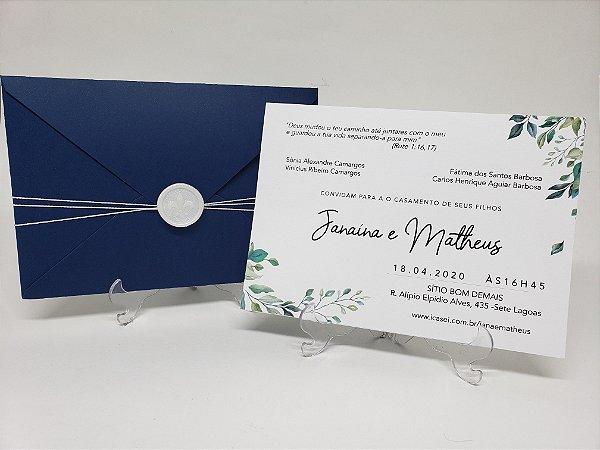Convite casamento azul marinho e folhas lacre
