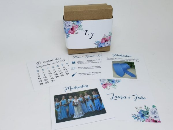 Caixa padrinho floral azul e rosa