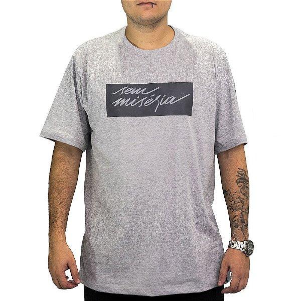 Camiseta Cinza Sem Miséria Tag 2.0
