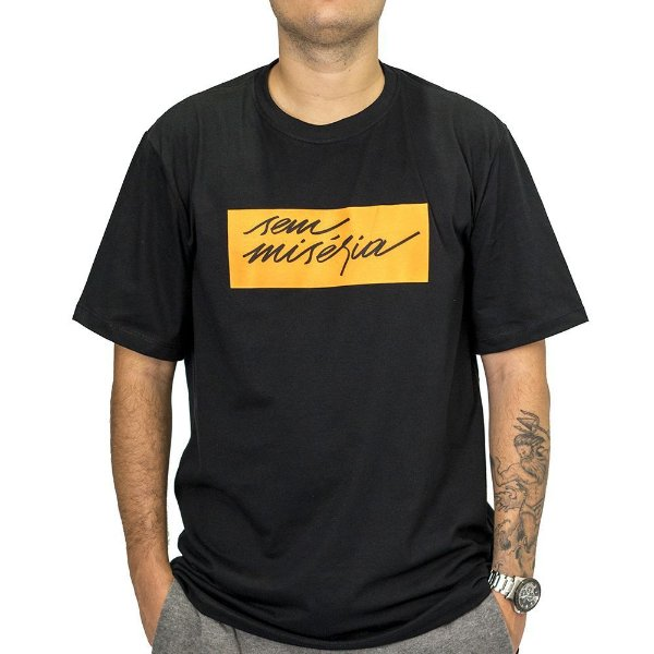 Camiseta Preta Sem Miséria Tag 2.0