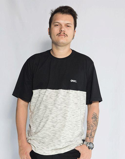 Camiseta Bordado Dublê - Preto e Creme