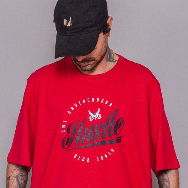Camiseta Owl Hustle - Vermelho