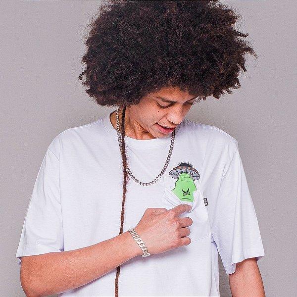 Camiseta Owl Abduction - Branco