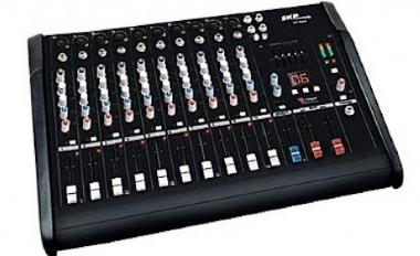 Mesa de Som 10 Canais SKP Pro Audio Amplificada VZ 100A 500W