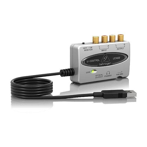 Interface de Áudio Behringer U-Control UCA202