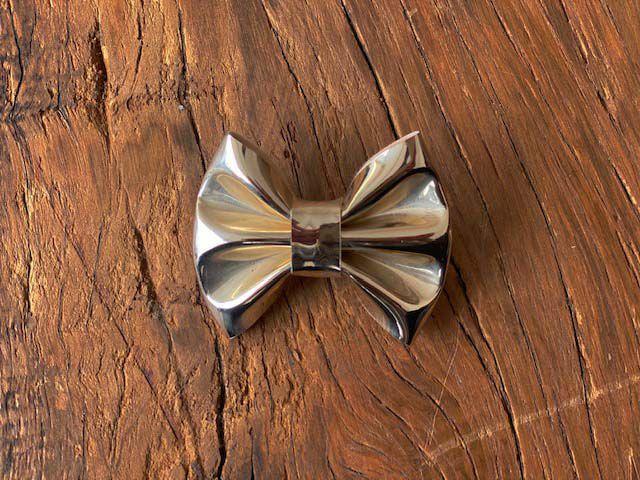 Laço Verniz Metalizado Dourado