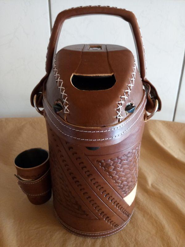 Garrafa Térmica personalizada couro de 3.0 litros