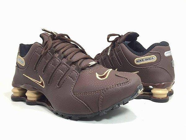 check out 8dc1f cb098 Tênis Nike Shox NZ – Masculino (Várias cores)