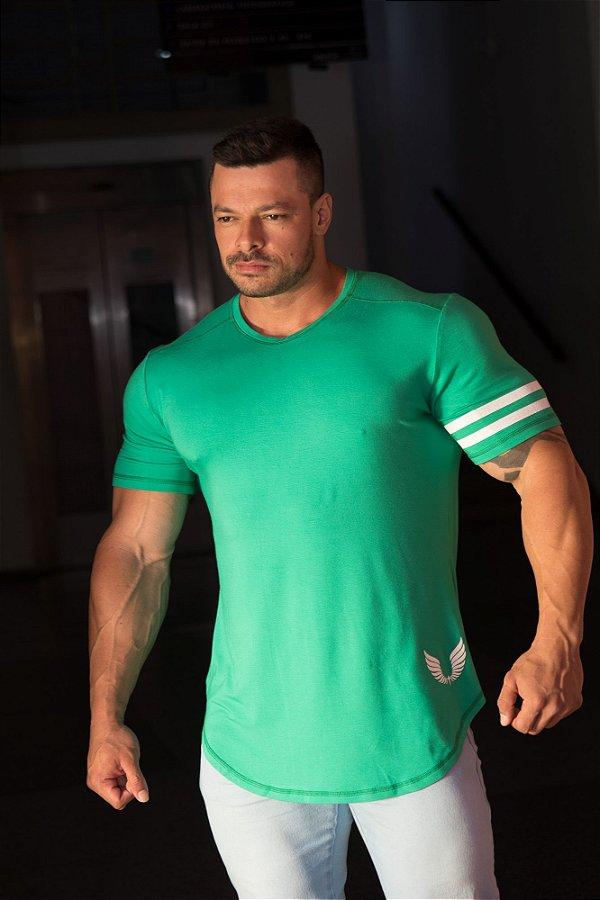 Camiseta Masculina Estampada Longline com Elastano Verde - Boulders Seven Green