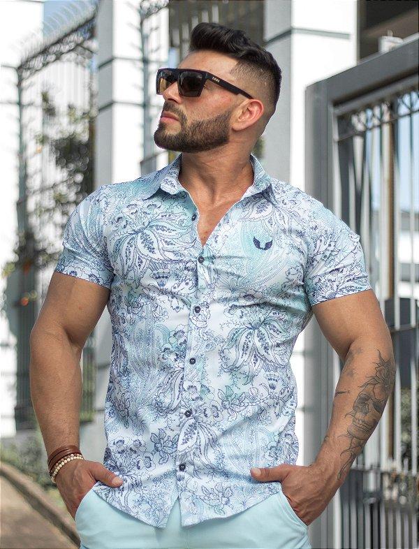 Camisa Masculina Slim Manga Curta em Tricoline Estampada Arabescos