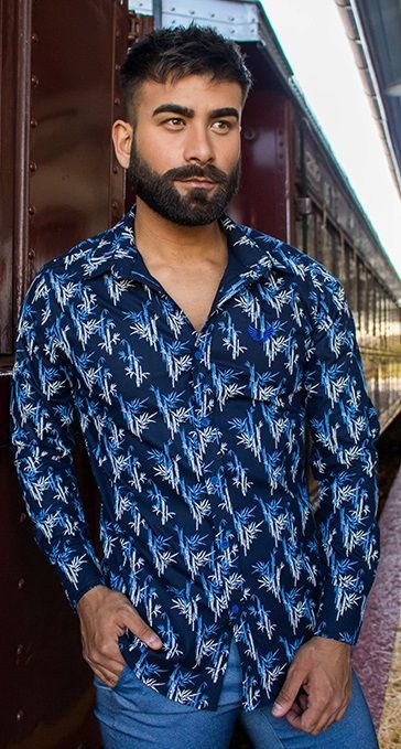 Camisa Masculina Slim Manga Longa com Elastano Azul Marinho estampada