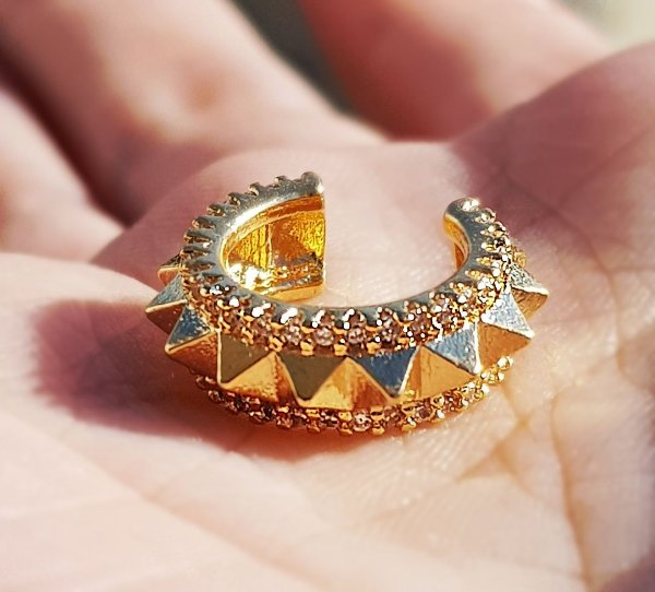 Piercing Spike Gold Cravejado
