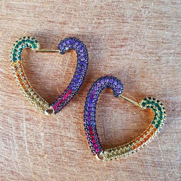 Brinco Coração Cravejado Rainbow Mistic