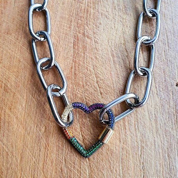 Colar Coração Mosquete Cravejado 360° Rainbow Silver Mistic