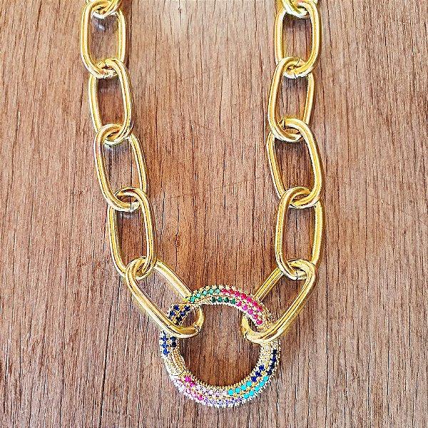 Colar Círculo Mosquete Cravejado 360° Rainbow Gold Mistic
