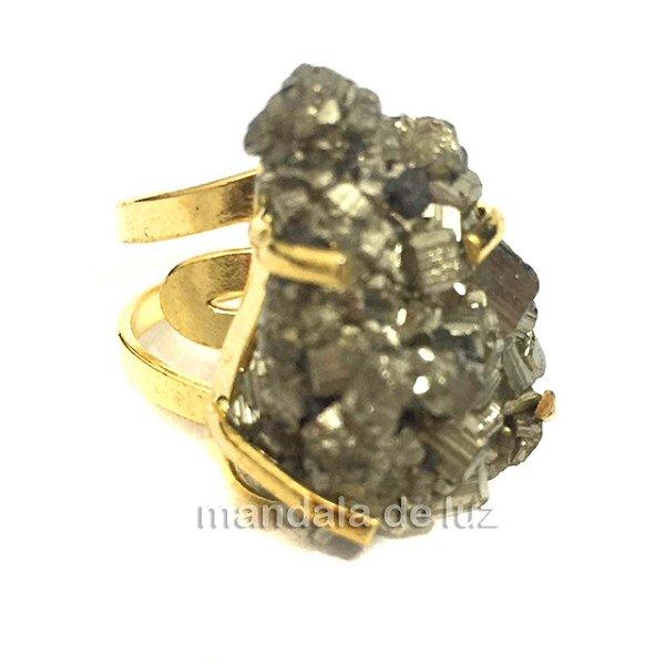 Anel Pedra Pirita Bruta com Regulagem Dourado