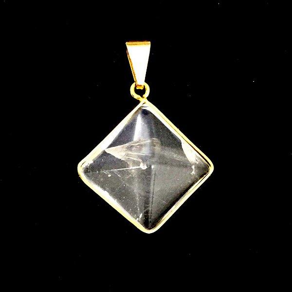 Pingente Dourado de Cristal em Pirâmide
