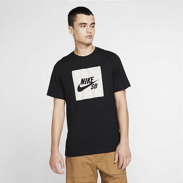 Camiseta Nike SB Tee Logo Nomad - CJ0444-010