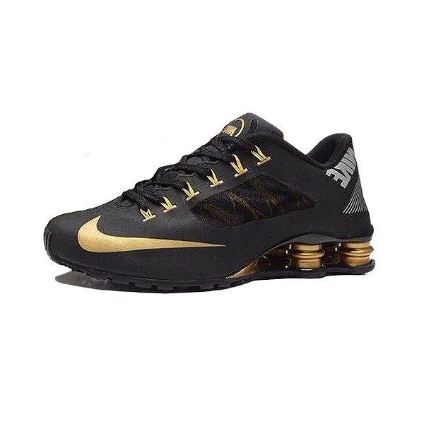 Tênis Nike Shox R4 Superfly- Preto Com Dourado