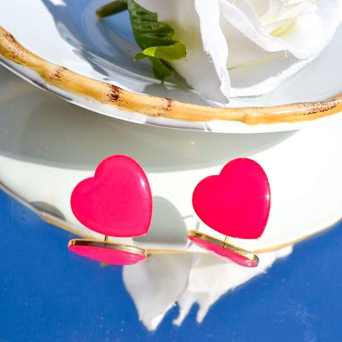 Brinco Coração Dourado Pink