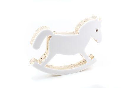 Adorno de Madeira Cavalo de Balanço Branco- Adot