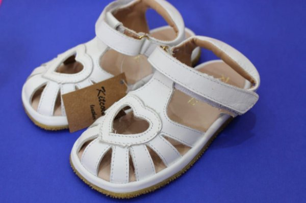 Sandália de couro branca