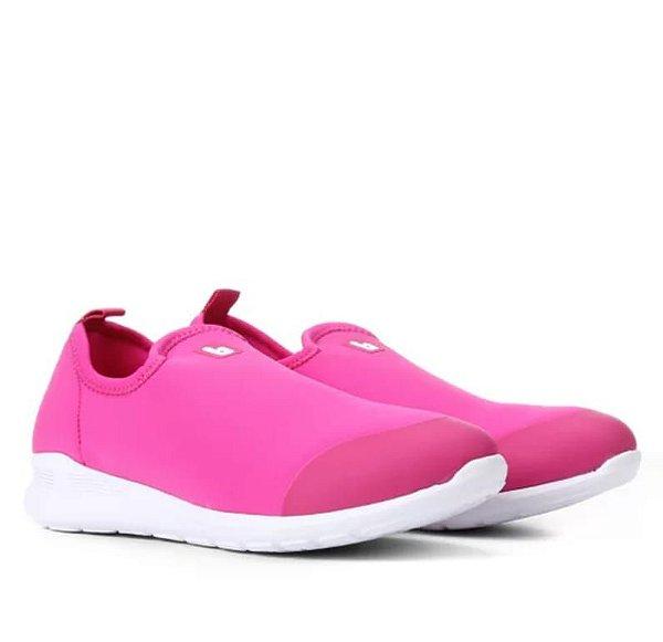 Tênis rosa/cherry fácil de calçar