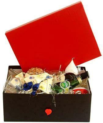 Kit com Vinho Chileno, Chocolates e Aperitivos Finos - Dia dos Namorados