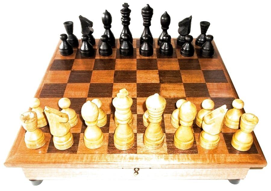 Jogo de Xadrez Artesanal em Madeira feito à mão
