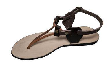 Sandália rasteira  Nativa em couro legitimo modelo Thais