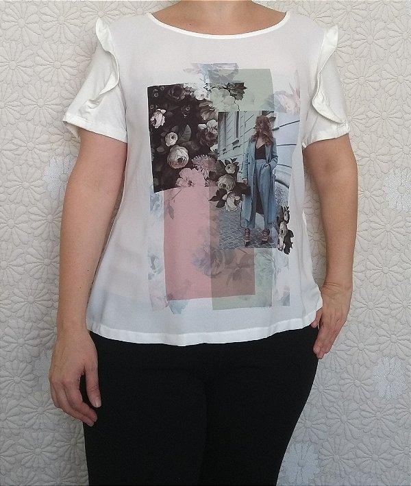 Blusa off white com badado