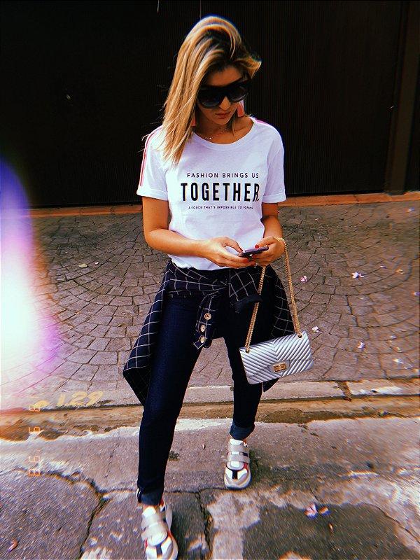 T Shirt fashion b vr