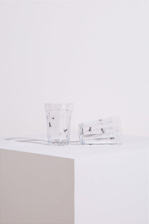 cj. de copos formiga