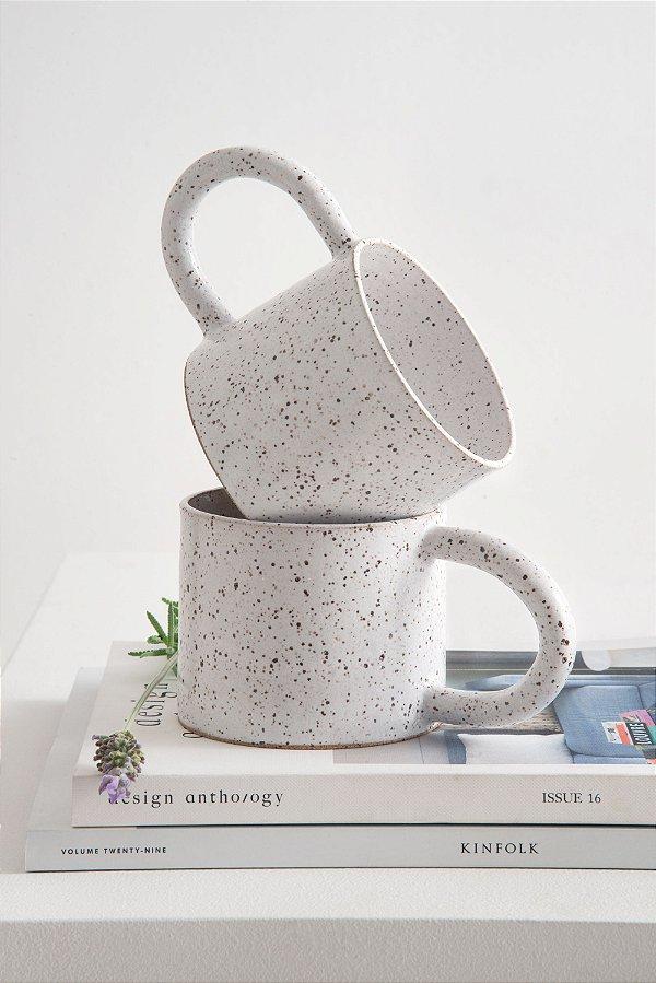 caneca de cerâmica olíe