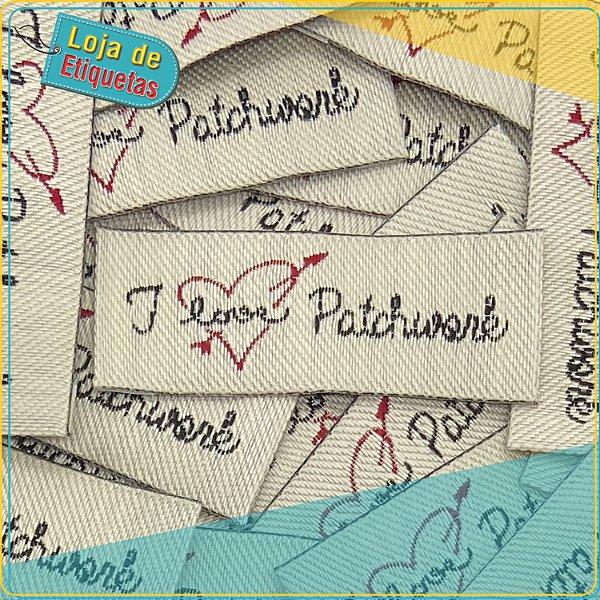 """Etiqueta Bordada """"I Love Patchwork"""" (100 peças)"""
