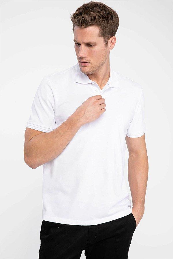 Camiseta polo em tecido de piquet