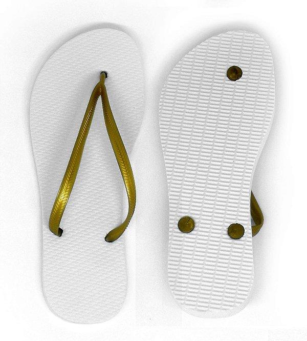 Chinelo Borracha Liso para Personalizar Transfer Laser, Silk, Strass Tira Slim Dourada e Sola Branca Tamanho 35/36 (SP380) - 01 Unidade