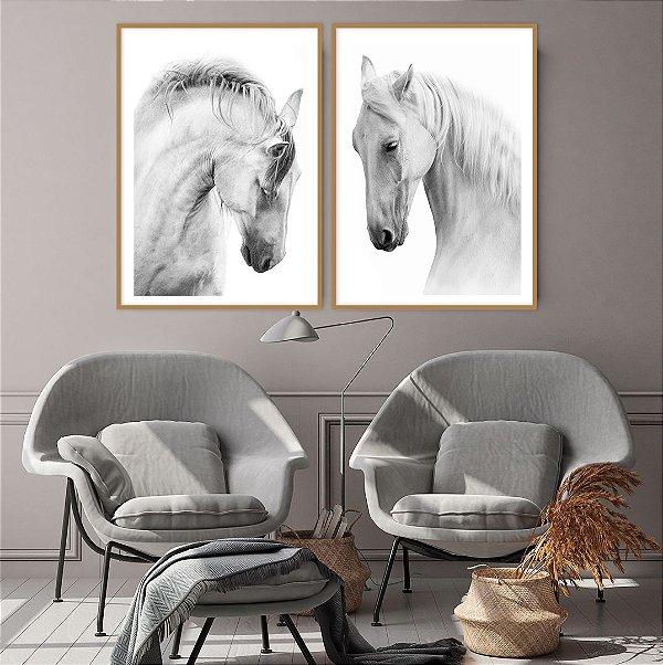 Conjunto com 02 quadros decorativos Cavalos Brancos
