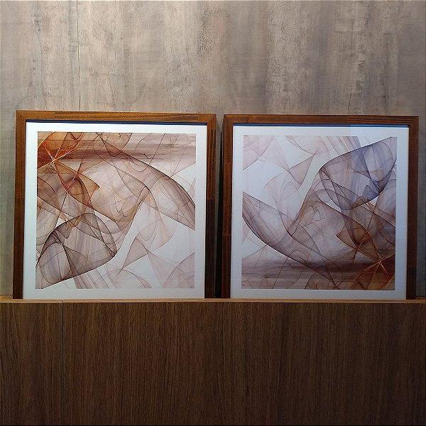 ENVIO IMEDIATO - Conjunto com 02 quadros decorativos Metal 40x40cm (LxA) Moldura cor Amadeirada