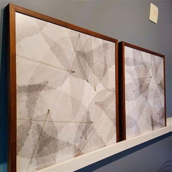 ENVIO IMEDIATO - Conjunto com 02 quadros decorativos Folhas Secas 60x60cm (LxA) Moldura Amadeirada