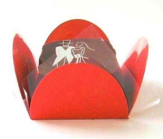 Forminha 4 Pétalas Vermelha com 50 un. Embalagens para Doces Rizzo Confeitaria